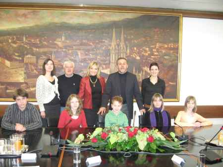 Children's board visited  Mayor Bandić