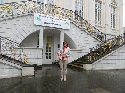 Na prvoj internacionalnoj konferenciji o podjeljenom skrbništvu u Bonnu