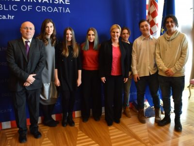 """Odbor mladih Poliklinike na Okruglom stolu """"Biti mlad i živjeti u Hrvatskoj bez nasilja"""""""