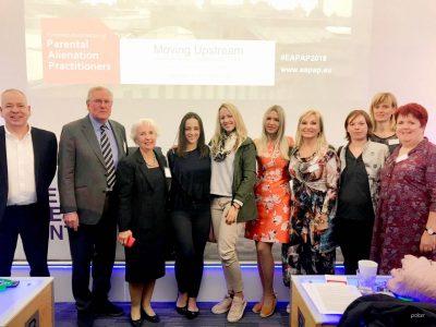 Na Konferenciji o pravu i mentalnom zdravlju Moving upstream – o problemu otuđenja od roditelja u Europi
