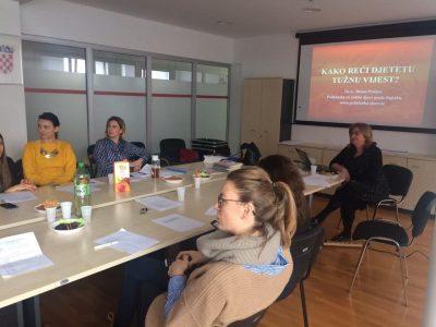 """Stručni seminar """"Gubici i podrška u procesu tugovanja"""" u Splitu"""
