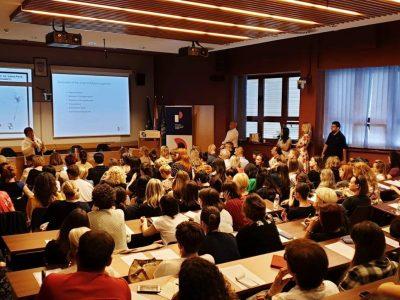 Velik odaziv stručnjaka na predavanju Karen i Nicka Woodalla o otuđenju djeteta od roditelja u Zagrebu
