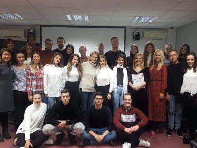 Mladi iz pokreta Vrijedni pažnje iz Bosne i Hercegovine u studijskoj posjeti Odboru mladih Poliklinike